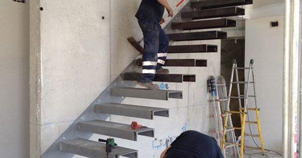 Como hacer escalera empotrada en muro alba iler a for Como hacer escalones