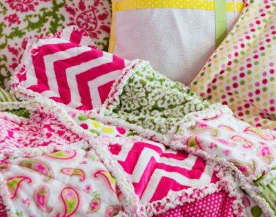 How to Make a Rag Quilt - This tutorial has several videos