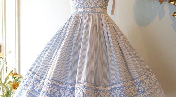 50s Dress // Vintage 1950s Seersucker Embroidered Sundress