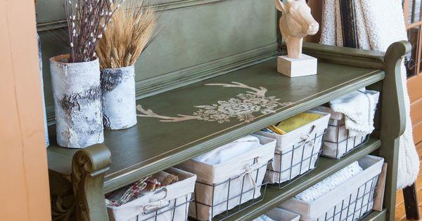 Meuble transform la base ce meuble tait un lit peint for Faux fini antique meuble