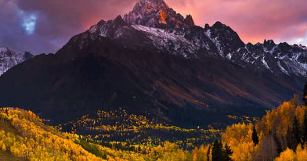 Aspen Colorado. I absolutely cannot die without seeing this place.