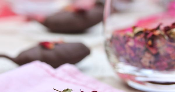 Chocolate and Roses Truffle Spoons | Truffles, Spoons and Roses