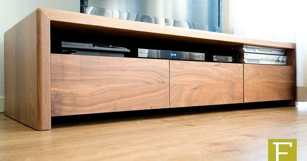 Design Slaapkamerkast : tv meubel dressoir maatwerk design meubelmaker ...