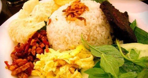 Resep Cara Membuat Nasi Uduk Betawi Paling Enak Dan Gurih Merupakan Menu Makanan Khas Nusantara Yang Mudah Resep Makanan India Resep Masakan Asia Resep Masakan