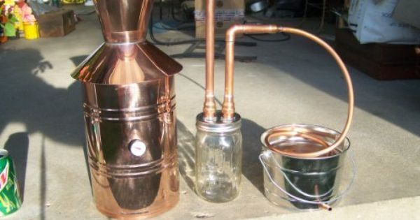 Copper Alcohol Moonshine Still The Thumper Design Is Interesting