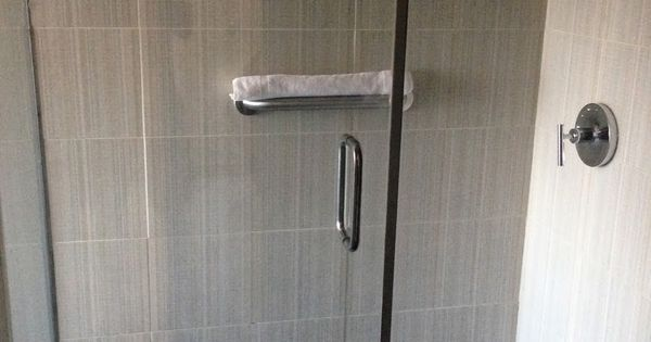Amazing Gray Ceramic Vertical Subway Tile Wall Stand Up