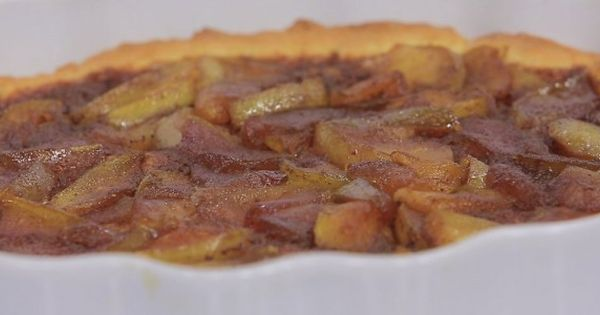 عمل فطيرة التفاح Recipe Desserts Food Macaroni And Cheese