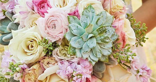 Stunning spring bouquet...love the fresh multicolor mix
