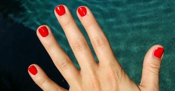 Pin Oleh Jennifer Cieslak Di Beauty Products And Makeup Kutek Kuku Gel Kuku Kuku Merah