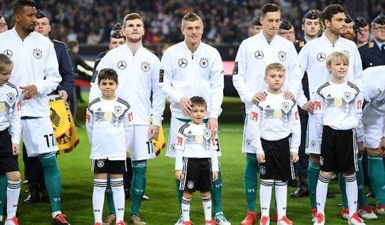 Boateng Werner Toni Leon Kroos Draxler Hector Deutsche Fussball Bund Dfb Team Fussball