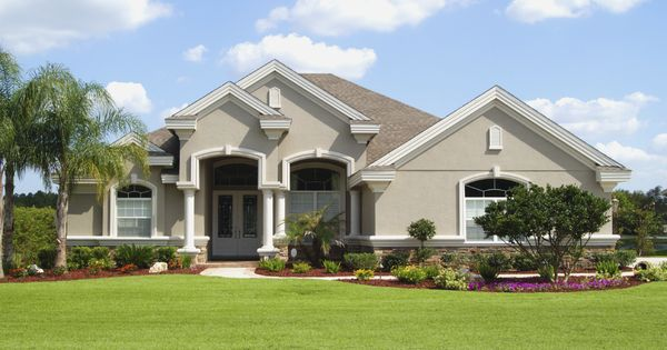 Stucco stone exterior choosing exterior stucco cleaning for Modern alternatives to stucco