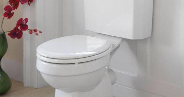 le truc pour nettoyer les wc avec un nettoyant fait maison comment. Black Bedroom Furniture Sets. Home Design Ideas