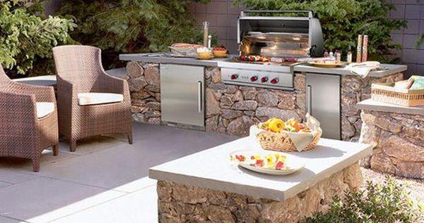 Outdoor Kuche Mit Grill Ausgestattet Kochen Im Freien Outdoor Kuche Outdoor Grill Kuche