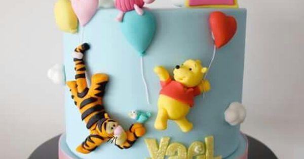 winnie the pooh cake party cakes pinterest winnie the pooh kuchen und freunde kuchen. Black Bedroom Furniture Sets. Home Design Ideas
