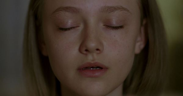 young dakota fanning in fragments aka winged creatures