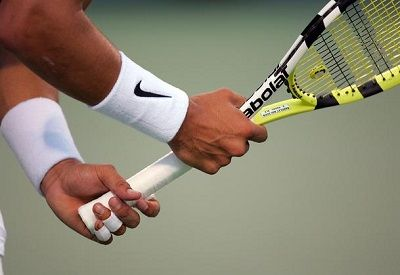 The Definitive Guide On Tennis Grips Pro Tennis Tips Tennis Racket Tennis Tennis Tips