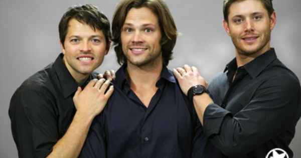 Awkward family photo, my favorite boys -- Supernatural Style! This pic never