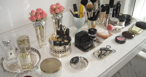 Make up organization, love the silver trays