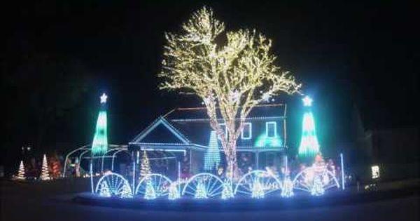 Christmas Light Show 2013 Carol Of The Bells Nashville Tn Youtube Christmas Light Show Holiday Lights Display Carol Of The Bells