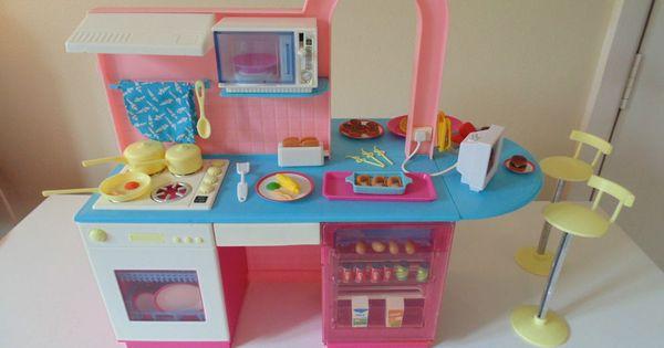 Vintage Pedigree Girls Toy Sindy Dolls Kitchen Cafe Suit