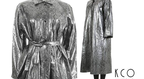 80s Vintage Shiny Silver Metallic Snakeskin Printed Raincoat Brand No Labels Material Pvc Vinyl Belted Trench Coat Vintage Outfits Hooded Raincoat