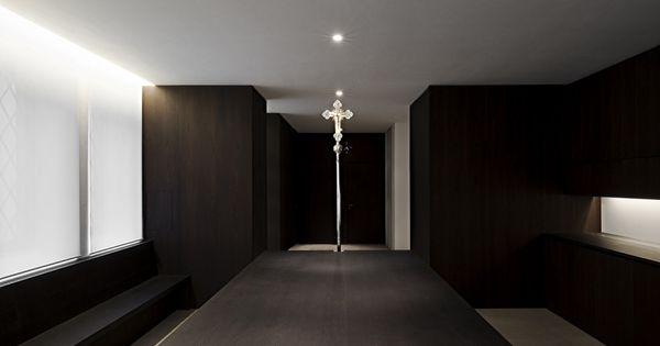 St moritz minimalistischer kirchenumbau in augsburg von for Interior design augsburg