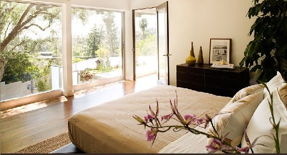 How To Make Your Home Totally Zen In 10 Steps Freshome Com Zen Bedroom Zen Bedroom Decor Zen Interiors