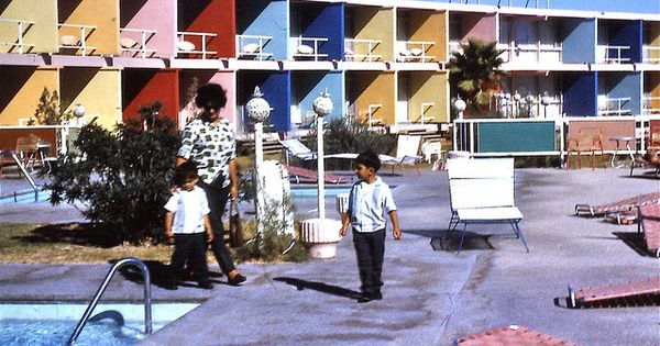 Vintage Las Vegas 1960s Photo Flamingo Capri Motel Swimming Pool Area Became The Imperial Palace Now Flamingo Las Vegas Flamingo Hotel Las Vegas Old Vegas