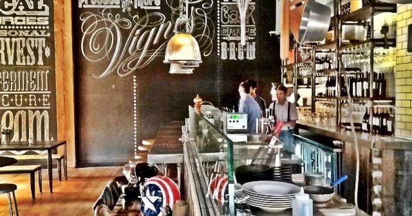 Mini keuken in het verlengde van de bar bar designs and layouts pinterest bar interiors - Keuken back bar ...