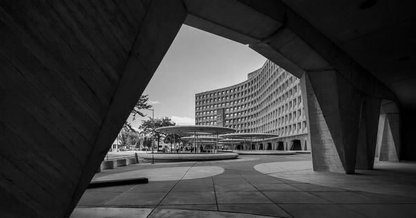 Robert C Weaver Federal Building Us Department Of Housing And Urban Development Brutalist Buildings Building Brutalist