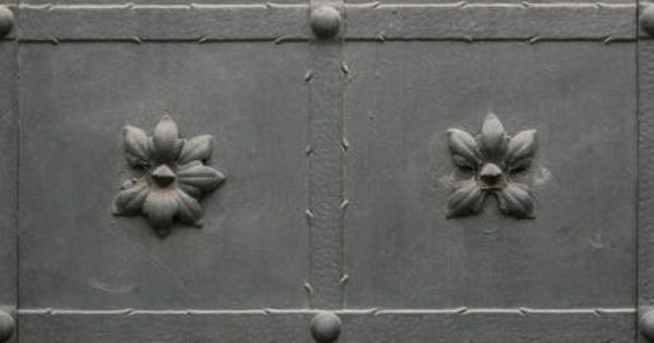 Metal door texture with flowers by gobotree textures pinterest architecture and doors - Beton door lcda ...