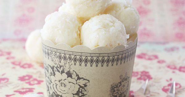 White Chocolate, Vanilla & Coconut Truffles. chocolate truffles vanilla coconut white