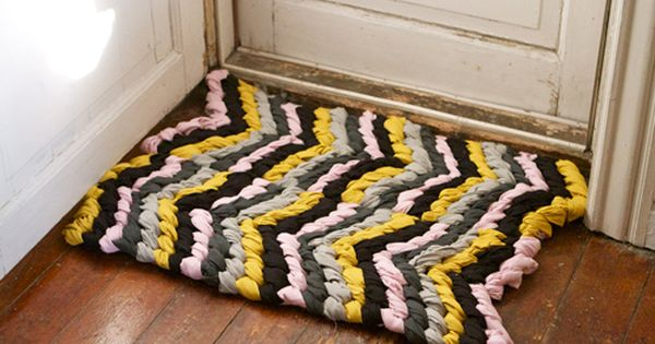 DIY Chevron Braided Rug