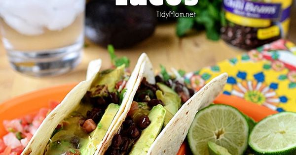 ... grilled steak tacos guacamole tacos with tomatillo and steak sauce