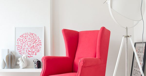 Pink arm chair / white interior ideas interior design and decoration interior