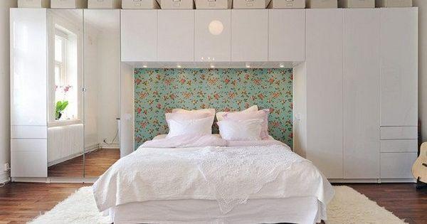 Rangements autour du lit d co de chambre pinterest for Rangement chambre adulte