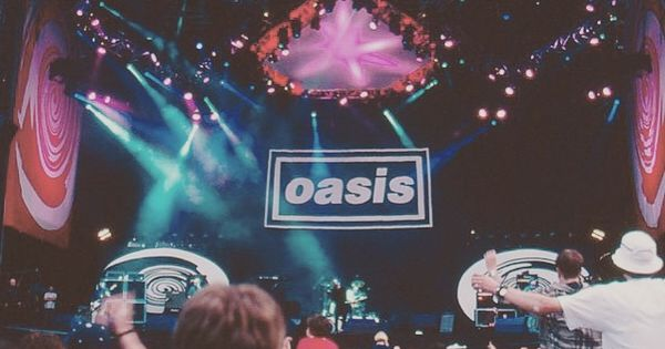 Noelgallagher Highflyingbirds Oasis Beadyeye Liamgallagher Oasis Band Indie Music Band Pictures