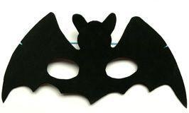 Fledermausmaske Zu Halloween Halloween Masken Basteln Masken Basteln Halloween Kinder