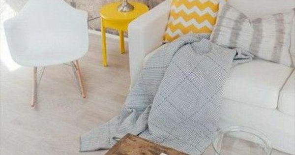 On Va Vous Guider Dans Le Choix De La Petite Table Basse Int Rieur Vivre Et D Co Salon