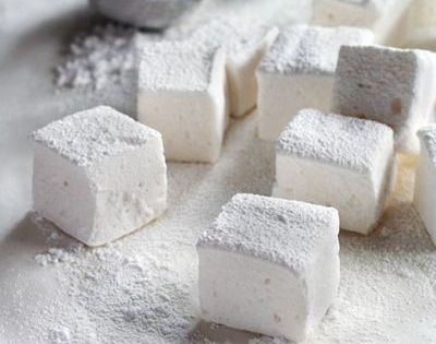 Homemade marshmallows. it's my dream to sell little homemade marshmallows for about