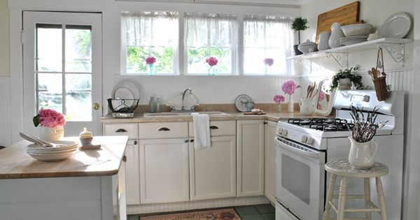 Farmhouse Kitchens Farmhouse And Victorian Farmhouse On Pinterest