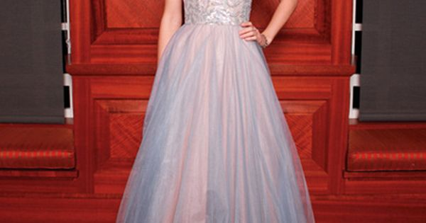 another taylor swift dress i love :P