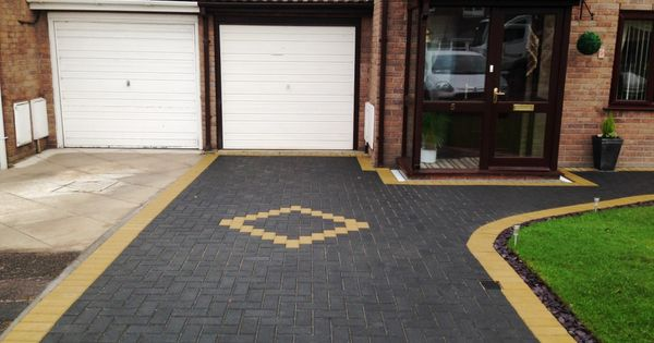 block paving in charcoal with buff borders in westgate. Black Bedroom Furniture Sets. Home Design Ideas