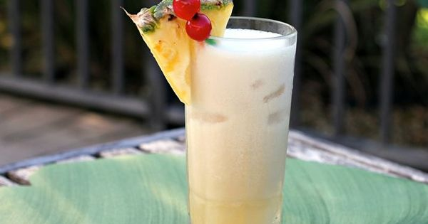 Skinny Piña Colada - To make it even lighter, substitute the half