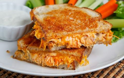 !Buffalo Chicken Grilled Chees Sandwich!