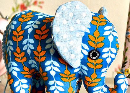 kostenloses schnittmuster elefant ohne anleitung. Black Bedroom Furniture Sets. Home Design Ideas
