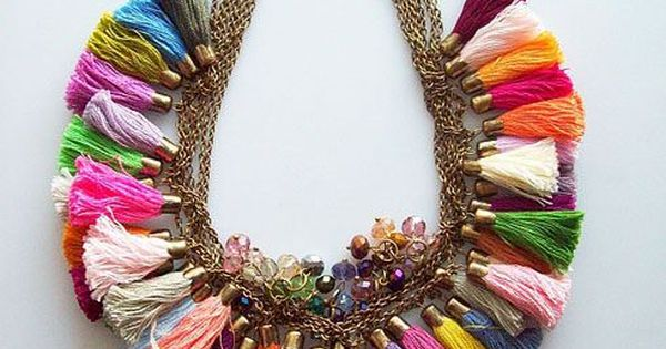 xx..tracy porter ..poetic wanderlust...-Mimoza via India Pied a Terre...love this colorful tassel