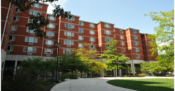 Towson Run Apartments Only Available For Students In At Least Their Second Year Or Transfer Students Towson Towson University Freshman Dorm University Dorms