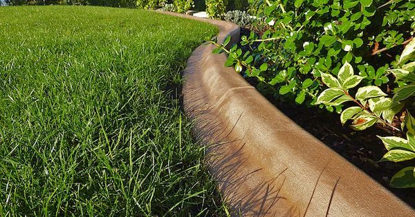 Bordures de jardin pour gazon pelouse et massifs de fleurs for Bordure terre cuite jardin