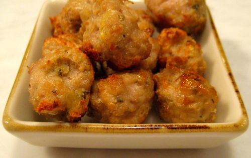 Chicken meatballs, Chicken and Dried basil on Pinterest